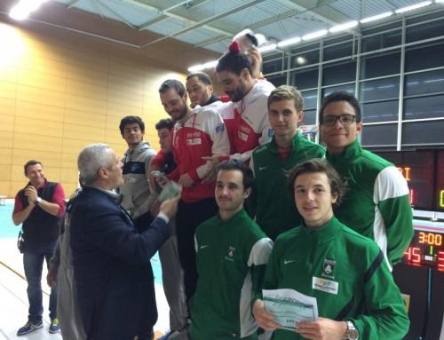 1/4 de finale du championnat de France seniors par equipe. La Section sur le podium.