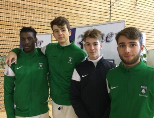 1/2 finale des championnats de France juniors à Bourges. Les palois en bronze.