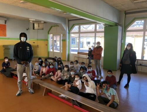 Sam en démonstration à l'école Gaston Phoebus